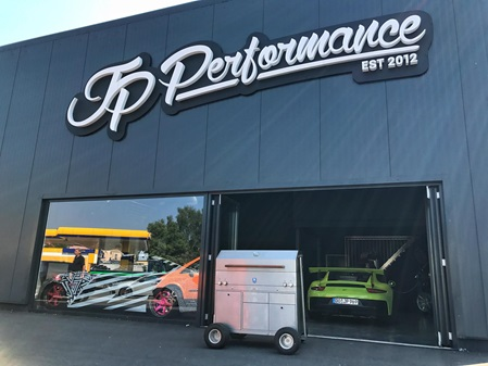 Big Boost Burger JP Performance Brennwagen
