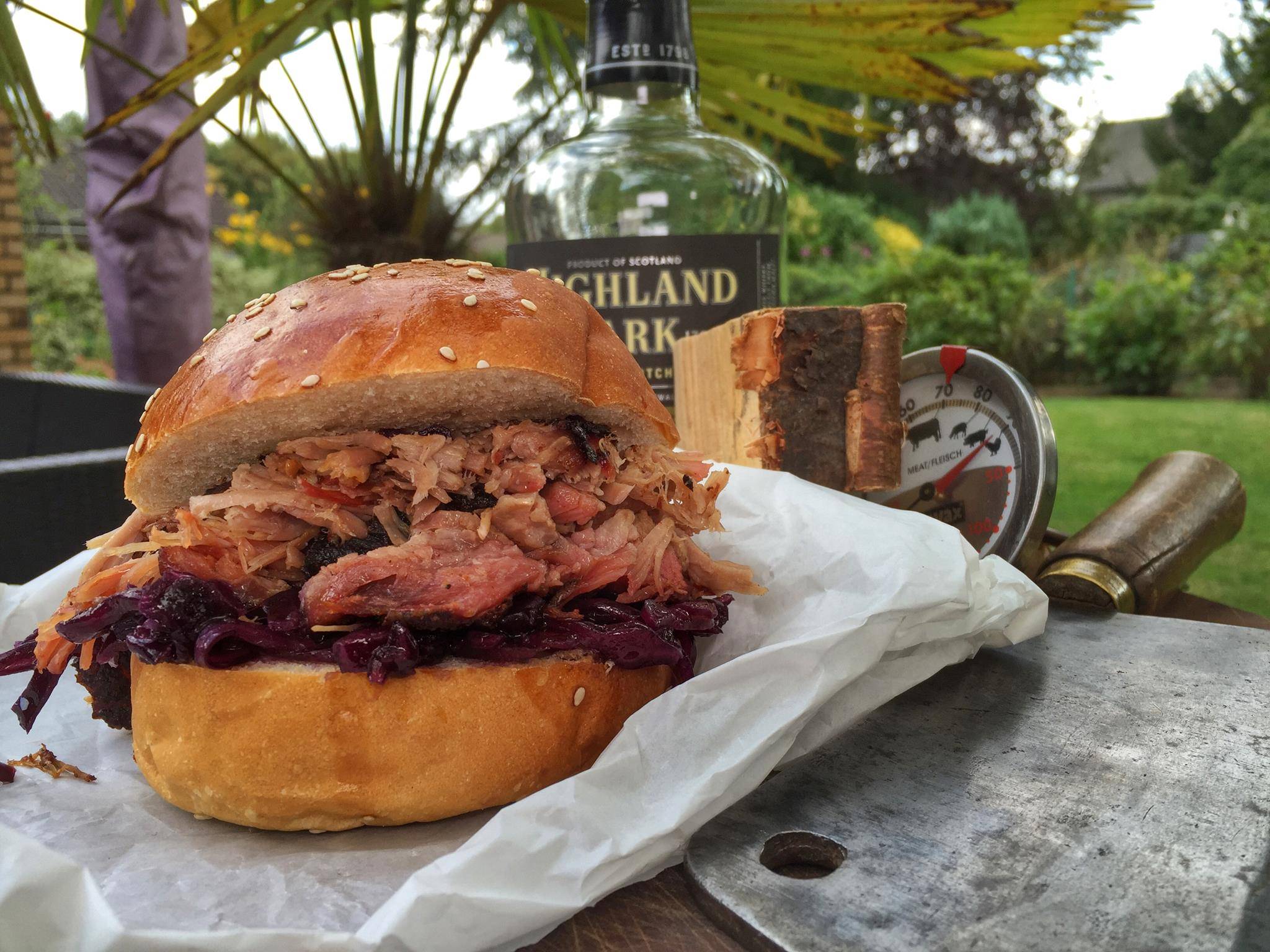 Pulled Pork Burger Gasgrill : Burgervariationen pulled pork burger hell yeah